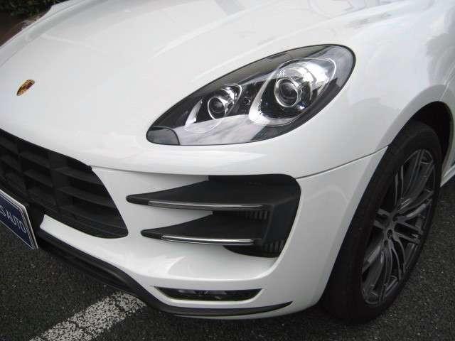 2015 Porsche Macan Turbo PDK