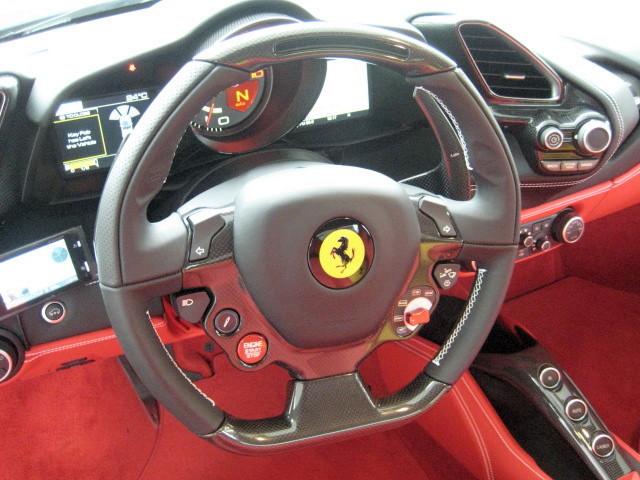 2016 Ferrari 488 SPIDER F1 DCT