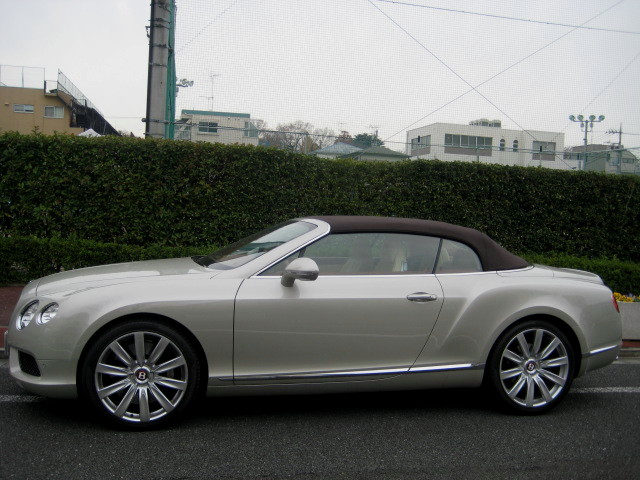 2013  Continental GT Convertible V8 4WD 2014MODEL