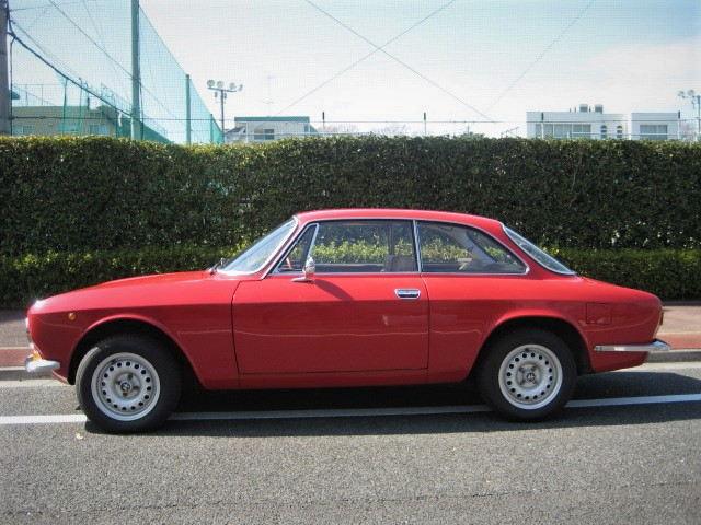 1973 Alfa Romeo Julia 1600GT  Junior