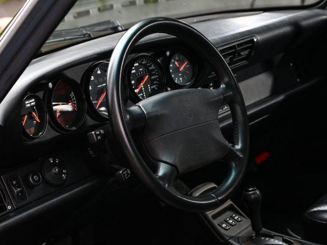 1994 Porsche 911 Carrera Tiptronic