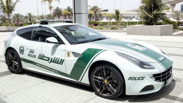 ferrari_ff__policecar