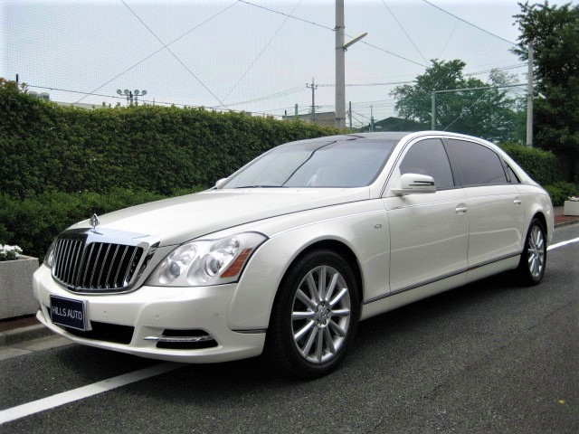 2009 Maybach Maybach 62S  Partition