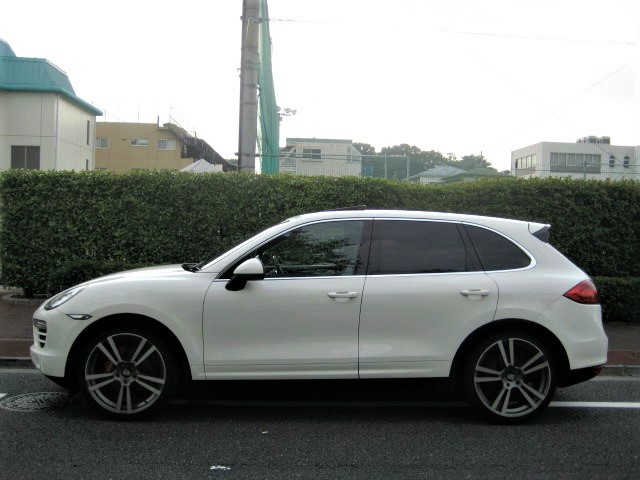 2010 Porsche Cayenne 3.6 Tiptronic S 4WD  2011Year model