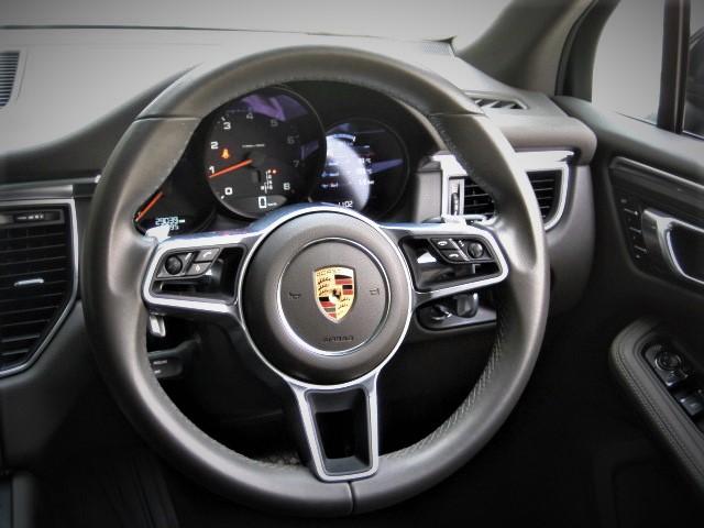 2016 Porsche Macan PDK 4WD