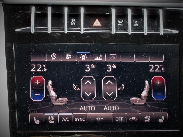 2019 Lamborghini URUS  4.0 4WD
