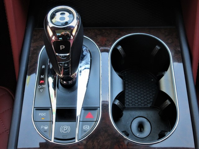 2017  Bentayga 6.0 4WD