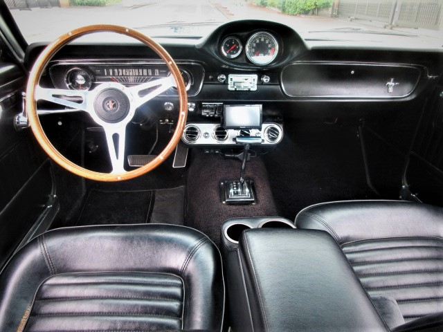 1965 Ford Mustang Firth back GT350 specifications